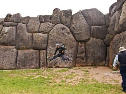Cusco-city-tour-Peru-Sacsayhuaman